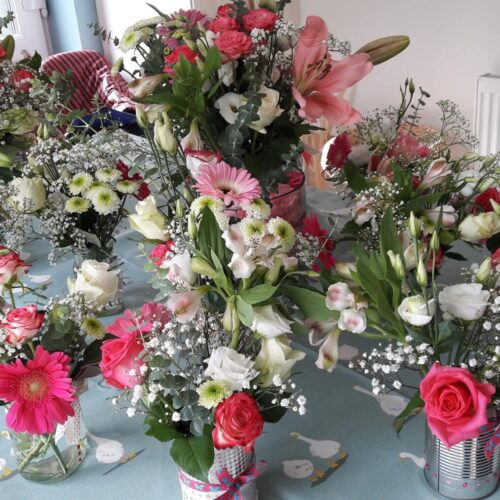 breast cancer party flowers