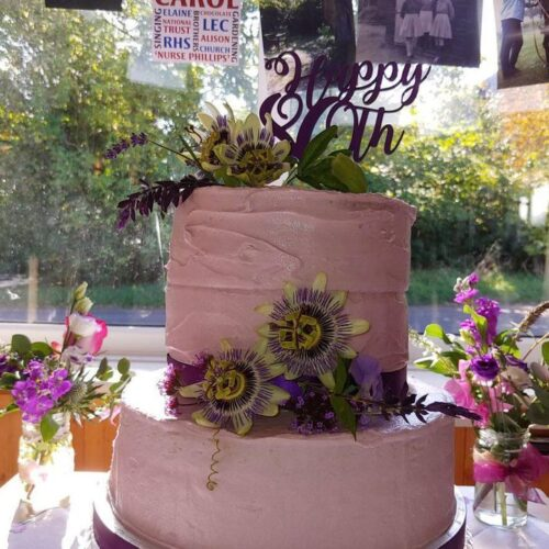 flowers for cakes and afternoon tea